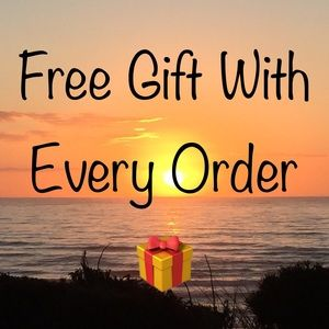 FREE GIFT 🎁 WITH EVERY ORDER